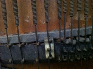 Split Bridge & Repair Agraffes